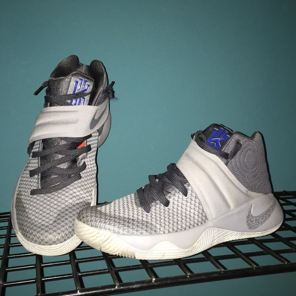 new product 0af21 eb12f Kyrie 2